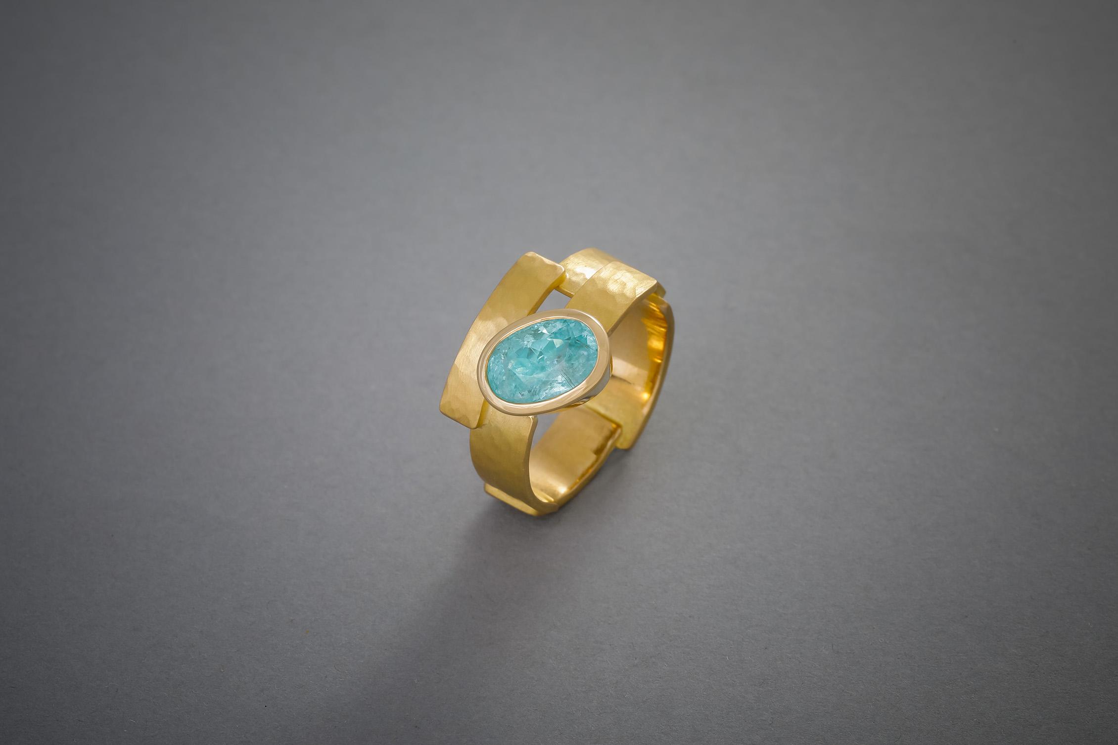 057 21kt Goldring, Paraiba Turmalin, Preis auf Anfrage