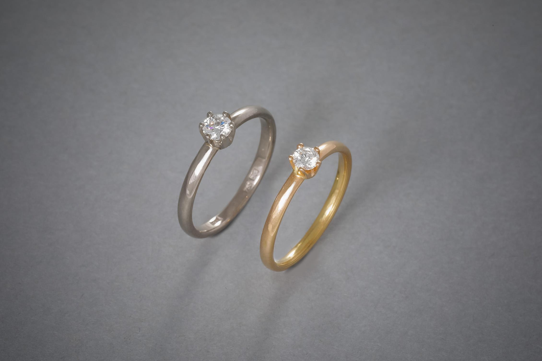 061 Verlobungsringe, Brillant, Kronenfassung, 18kt Weißgold, Preis auf Anfrage, 18kt Roségold, Preis auf Anfrage, auch in 18kt Gelbgold und Platin erhältlich